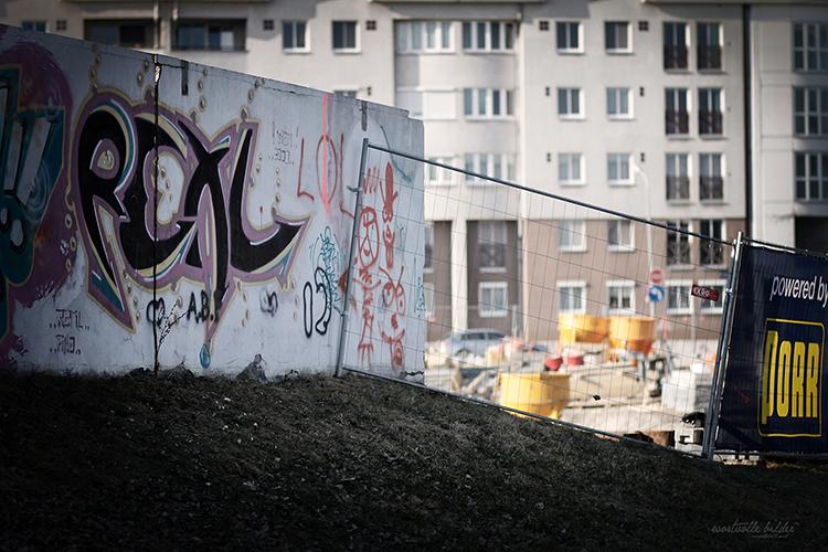 graffiti alte donau web _ sabine karrer