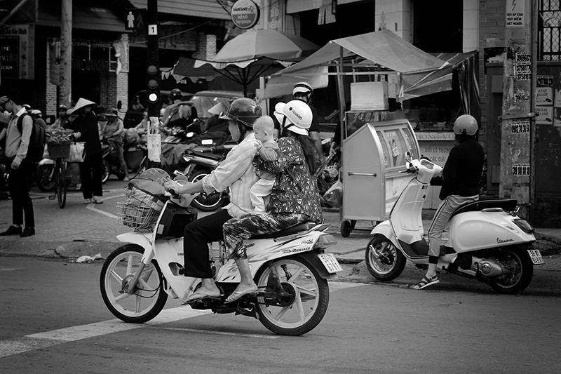 vietnam_motorroller-_-c-sabine-karrer-10